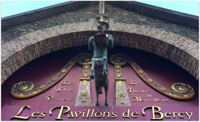 pavillon-de-bercy-entrance