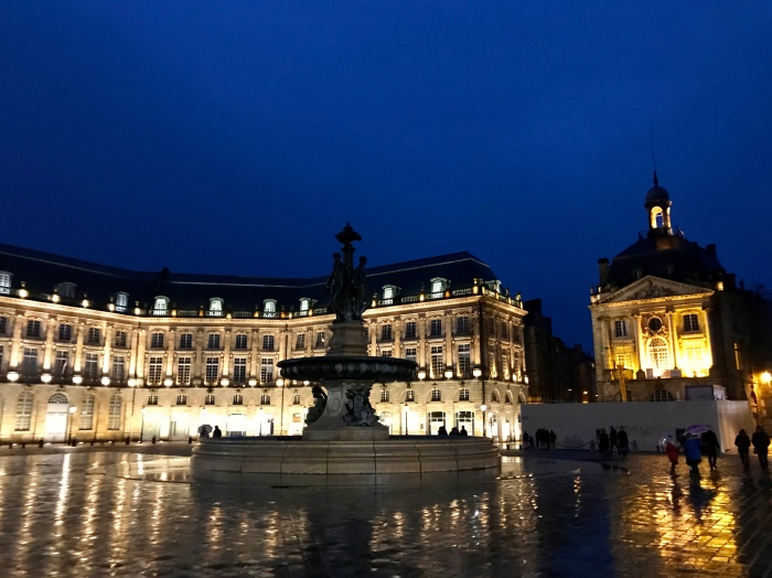 Palais de la Bourse by night 2